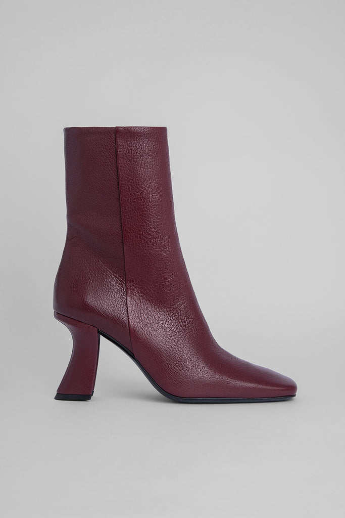 Demi Bordeaux Grained Leather