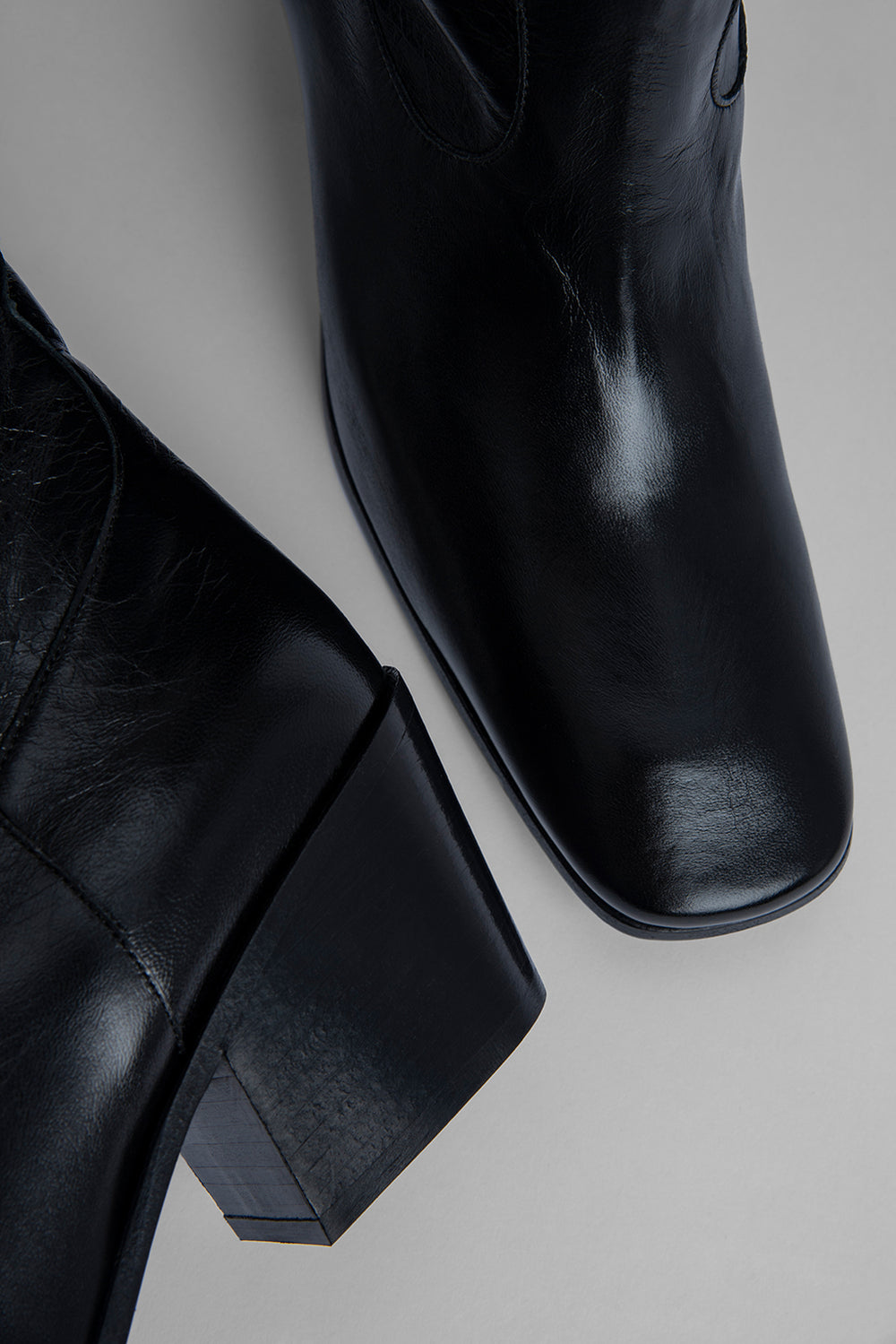 Willa Black Creased Leather
