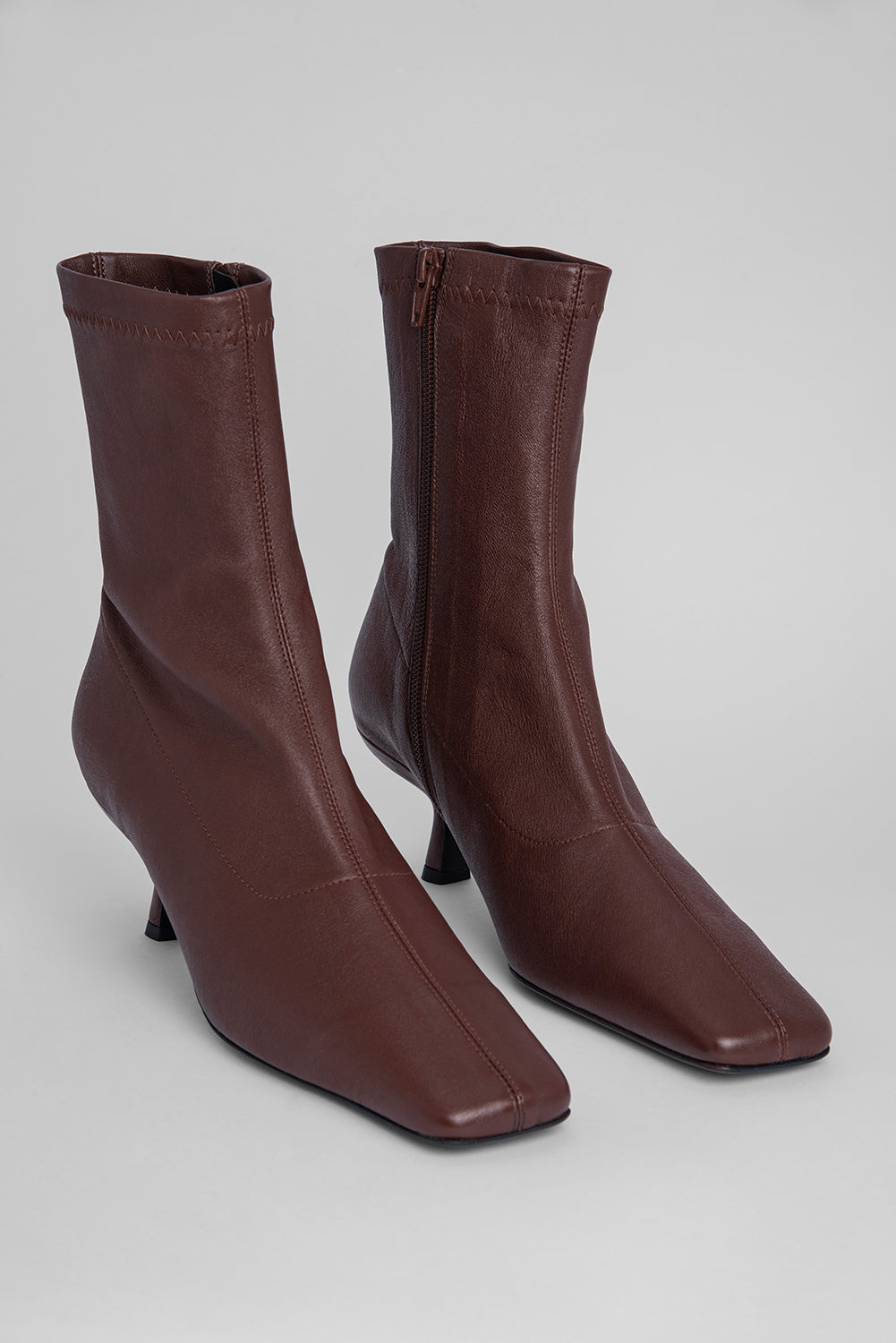 Audrey Dark Brown Stretch Leather