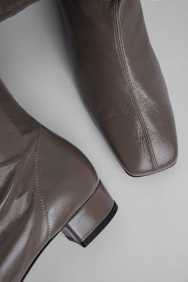 Edie Khaki Creased Leather
