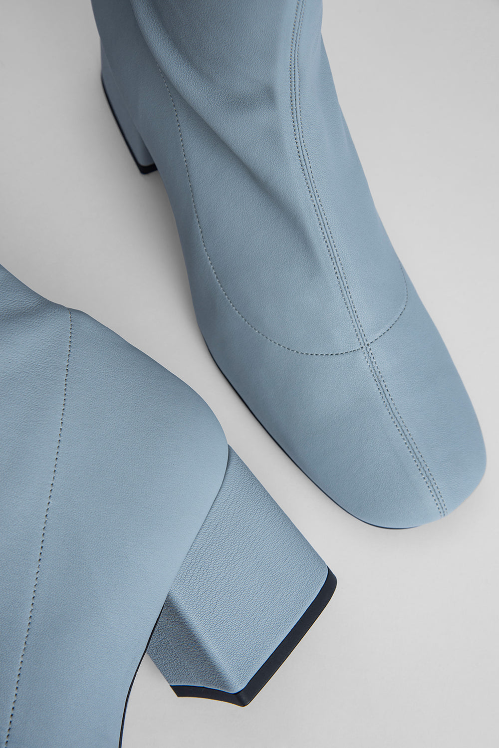 Carlos 42 Light Blue Stretch Leather