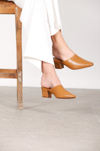 Sienna Tan Leather