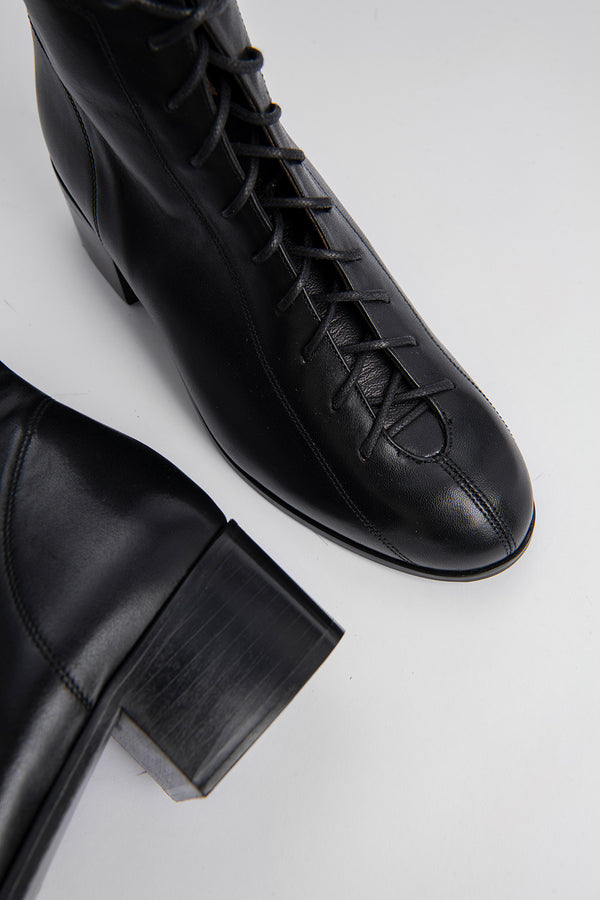 Bota Black Leather