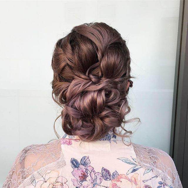 mobilehairstylist,upstyle,nhi_t,sydneyhmua,hairstylist,withflayr,hairstyles,bridalhair,messybun,bridesmaidshair,sydneyhairstylist