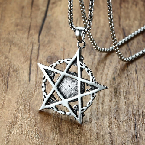 Stylish Fashion Punk Five-pointed Star Eye Skull Pendant Necklace