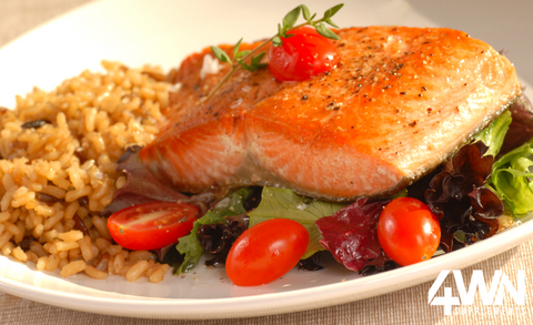 Roasted Curry Salmon With Tomatoes