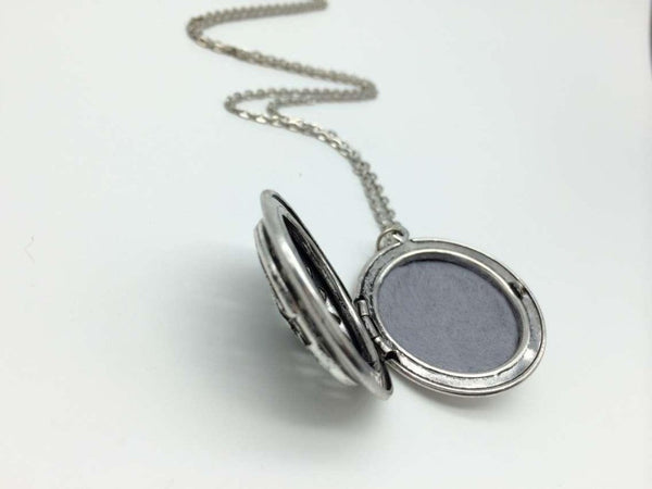 Aromatherapy Locket Necklace - Celtic Design