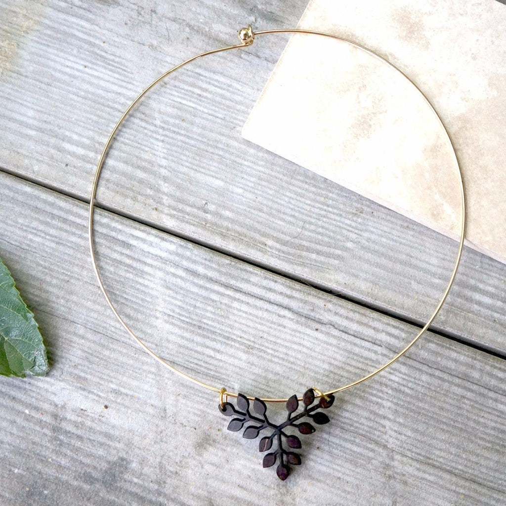 Wooden Branch Leaf Necklace - fifthandmaple