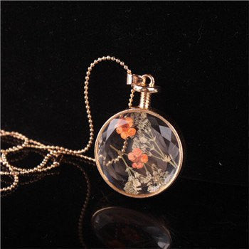 Dried Flower Pendant Necklace