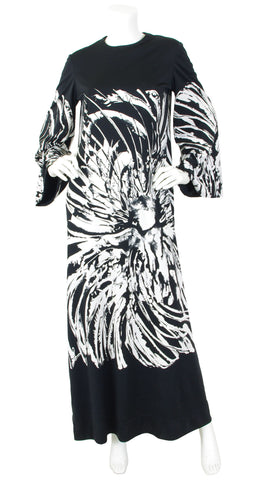 1970s Abstract Black and White Jersey Caftan Dress