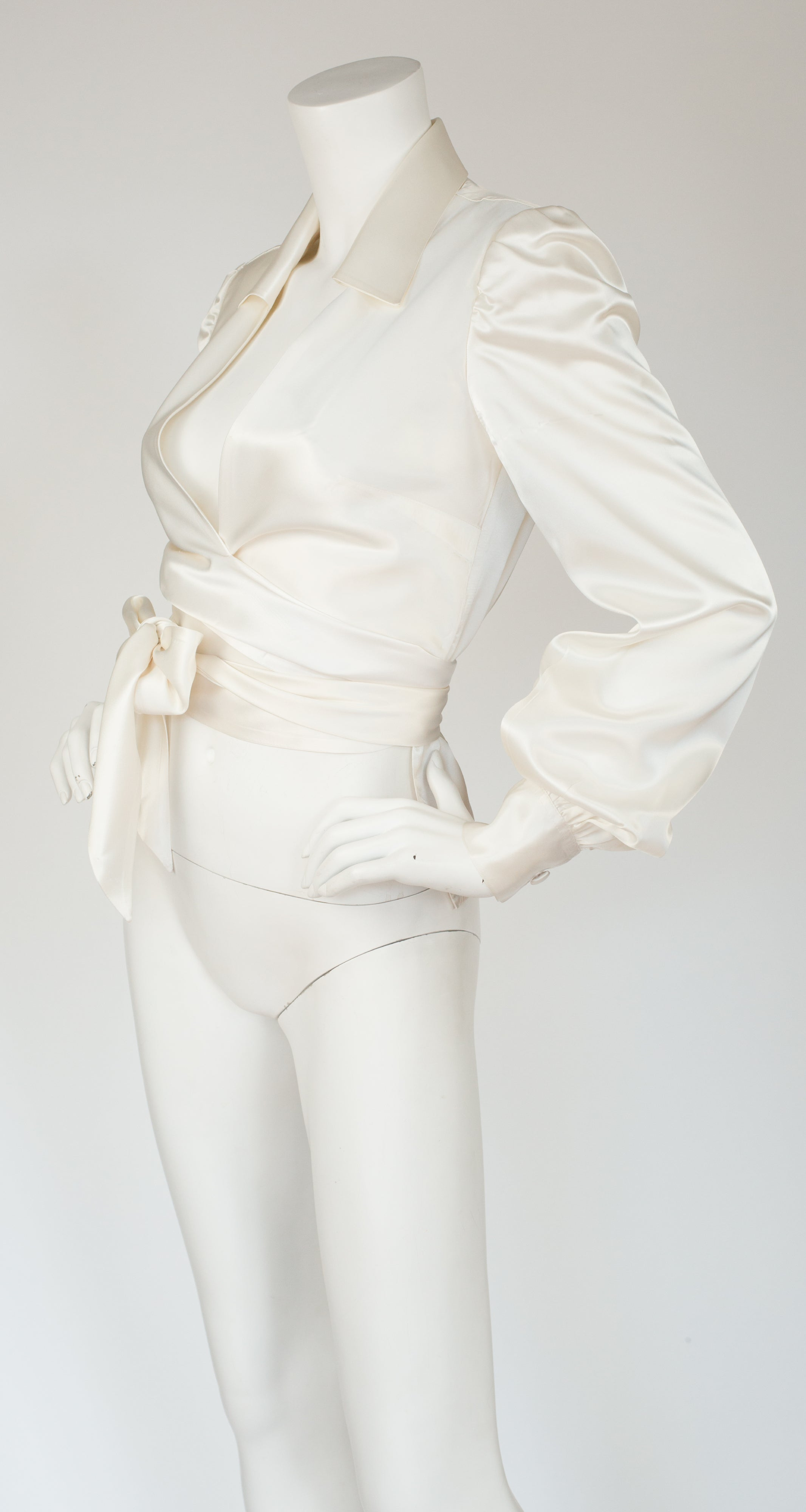 1970s Cream Satin Tie Balloon Sleeve Blouse