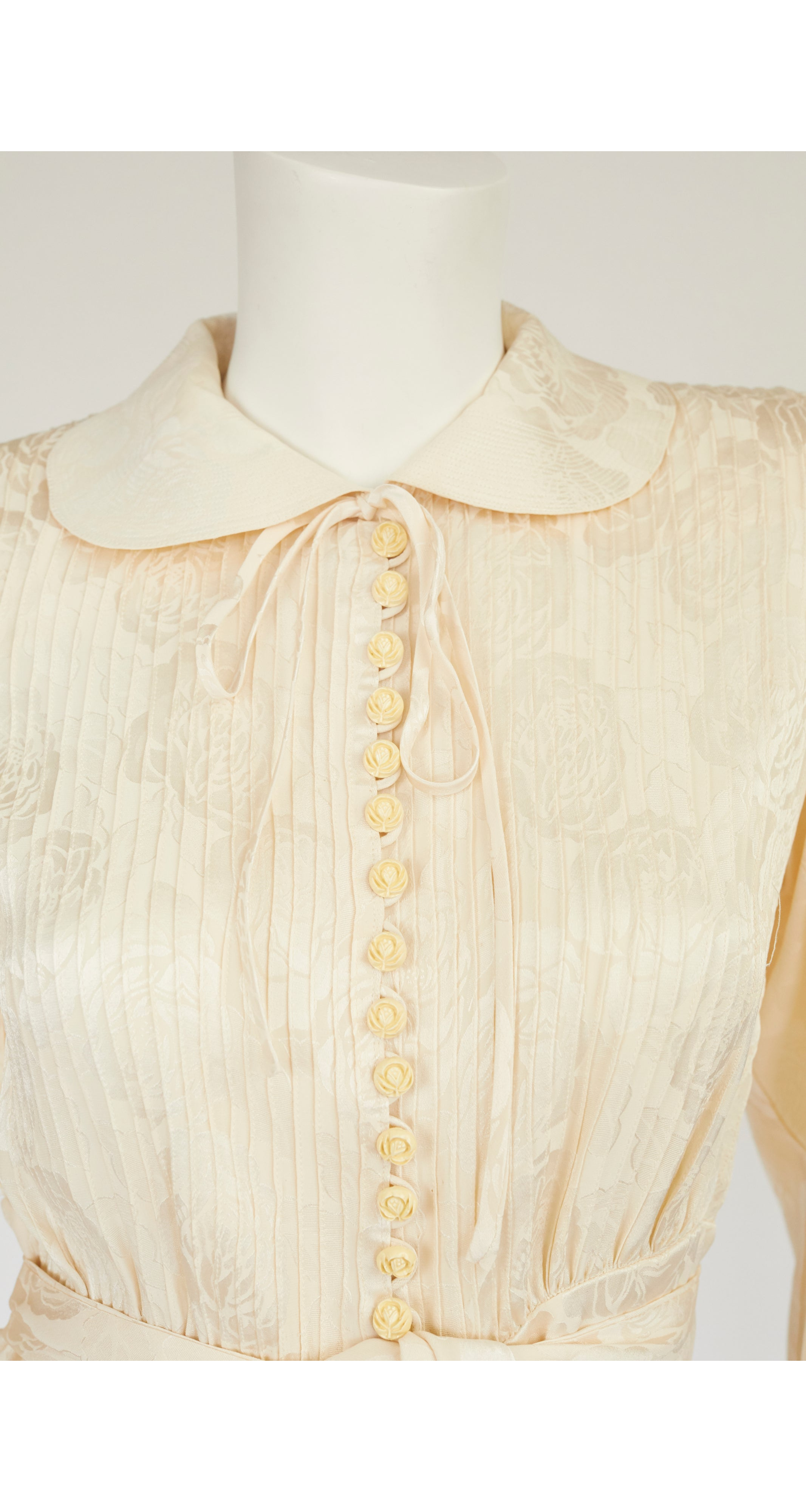 1970s Rose Print Cream Silk Jacquard Blouse & Vest Set