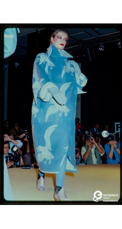 1980 F/W Runway Documented 3D Seagull Reversible Wool Coat