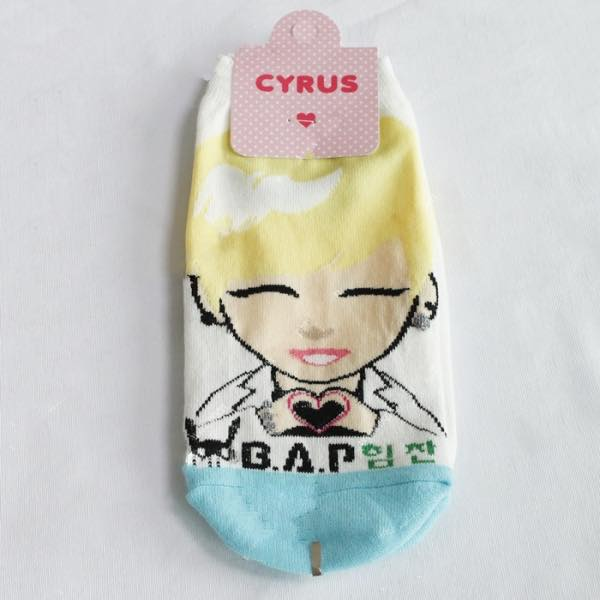B.A.P 1 PAIR OF CHARACTER SOCKs - HIMCHAN