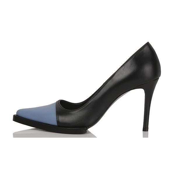 [YUUL YIE] BLUE-TOE LEATHER PUMPS - Black