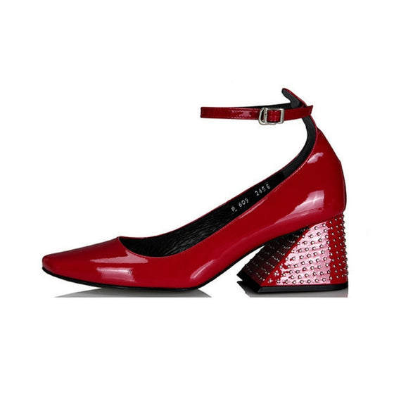 [YUUL YIE] STUDDED Y HEEL STRAP PUMPS - Glossy Red STUD