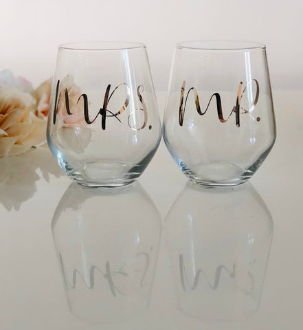 MR & MRS Stemless Wine Glasses