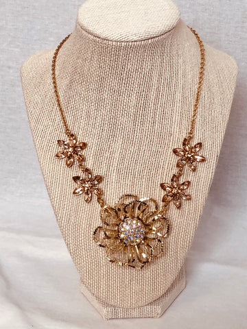 Sarah Coventry Vintage Flower Handmade Necklace