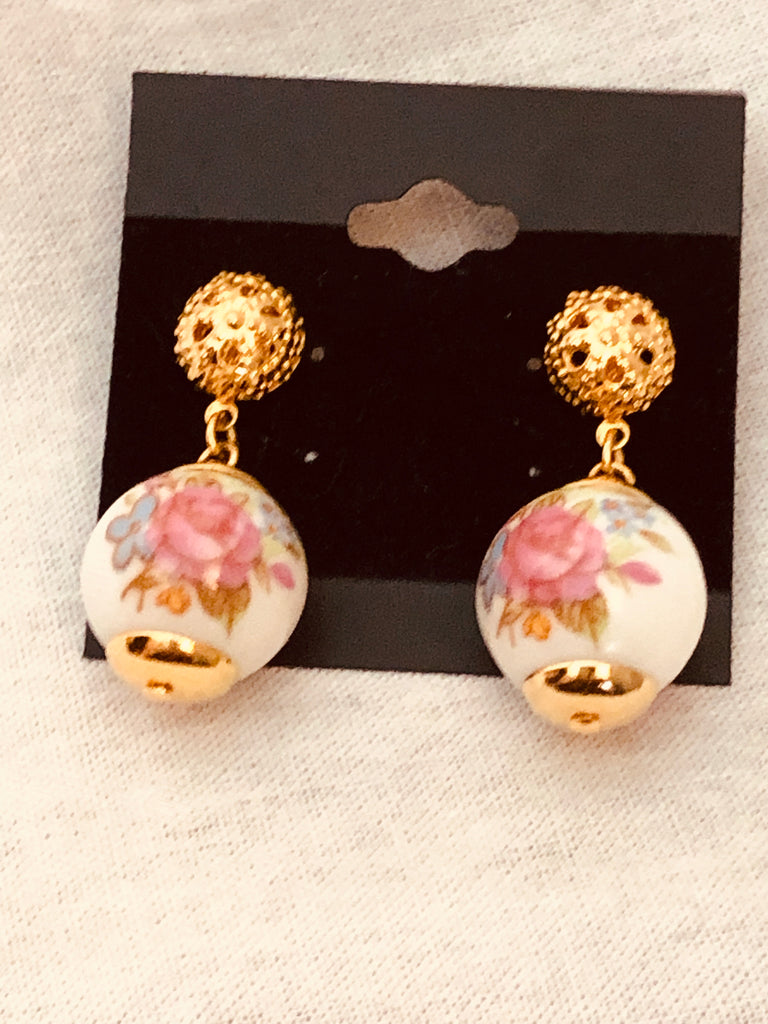 Hand Painted Rose on White Bead, Vintage Earrings