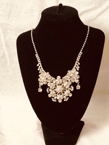 Vintage bridal statement neckkace