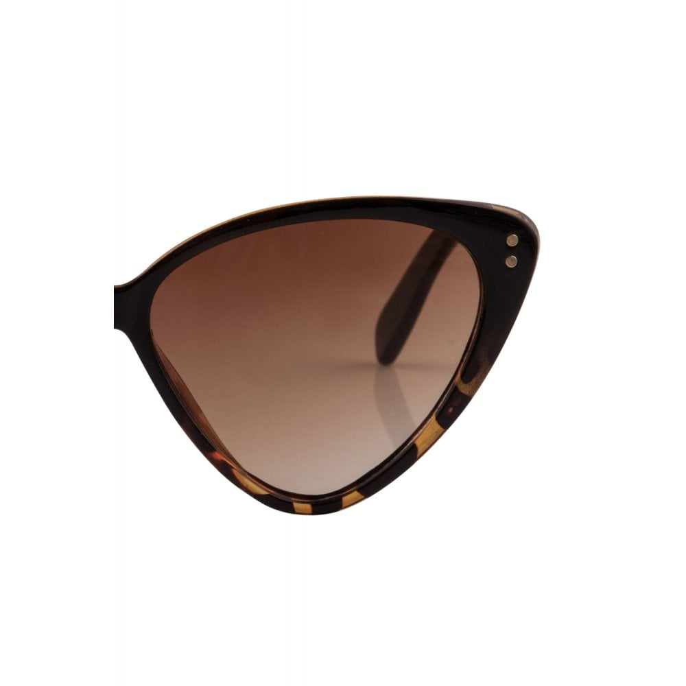 Amie Ca Eye Sunglasses - Brown