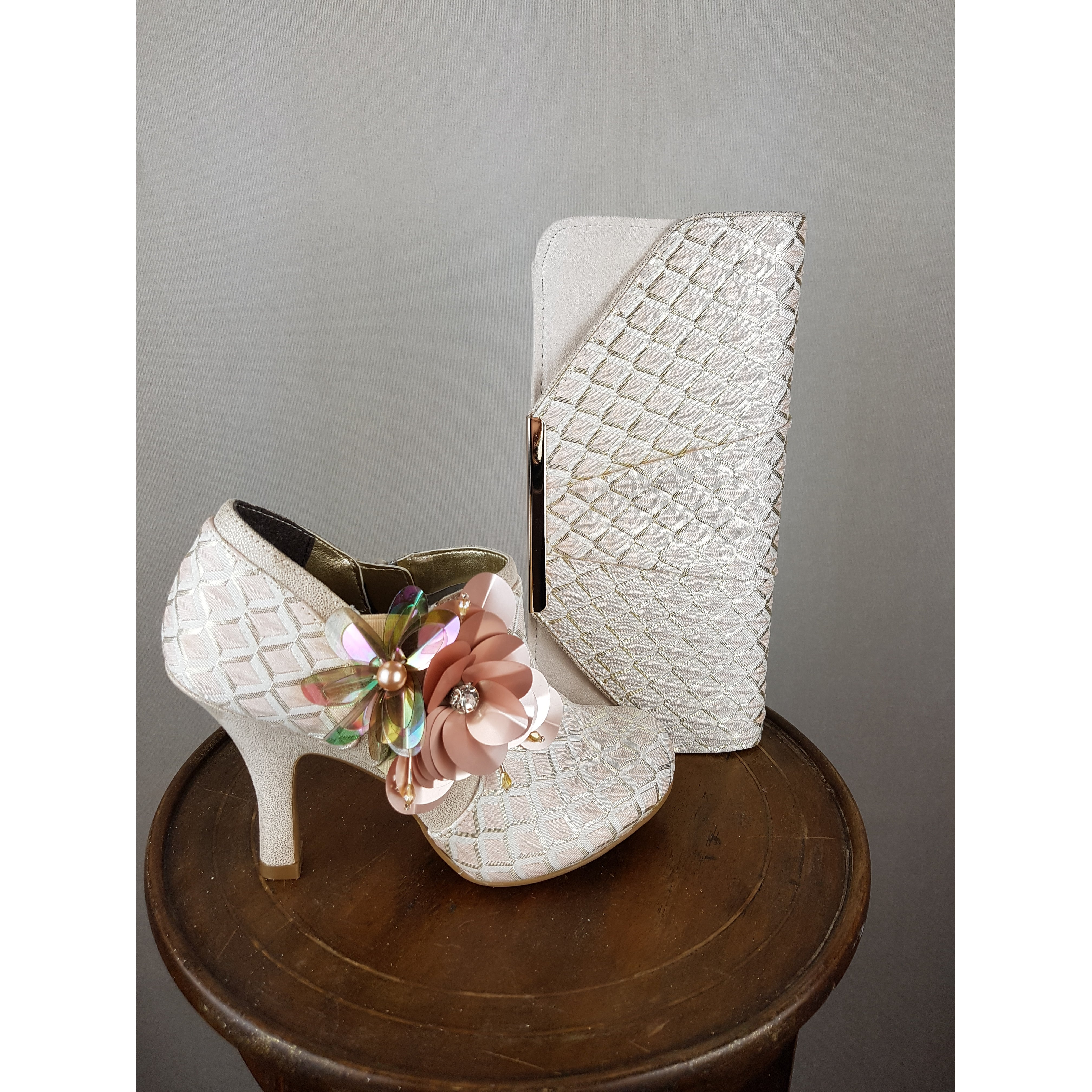 Ruby Shoo - Electra (Light Pink)