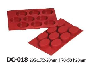 Silicone Bakeware 9 Cavity Oval Non Stick Quality Silicone Baking Mould  red/Brown  29.5x17.5x2 cm