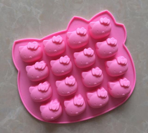 UK/EU  Hello Kitty, Ice Tray Silicone Mould - Ice Cube Tray - ships from Cannock, U.K.!