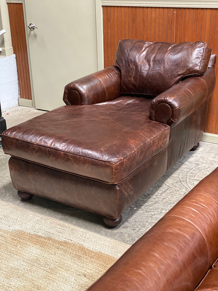Extremely comfortable rich chocolate brown leather chaise lounge big enough for 2