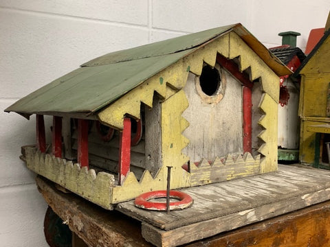 Unusual great vintage bird house with great detail in original paint
