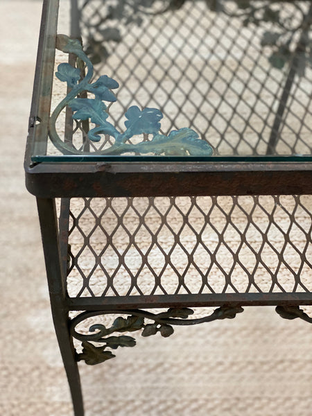 Pair of Woodard iron table Indoor or outdoor tables