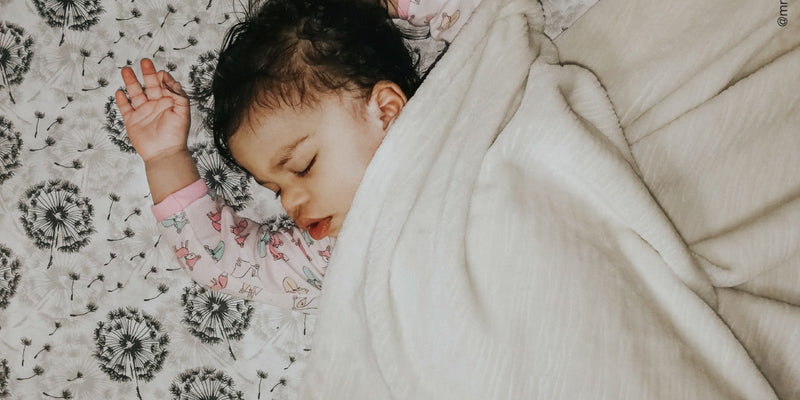 Co-Sleeping | The Benefits of Co-Sleeping for us