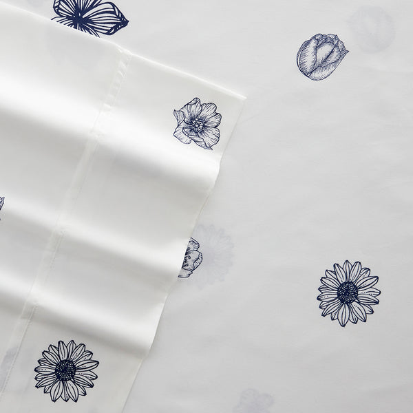 Premium Ultra Soft Indigo Flowers Pattern 4-Piece Sheet Set
