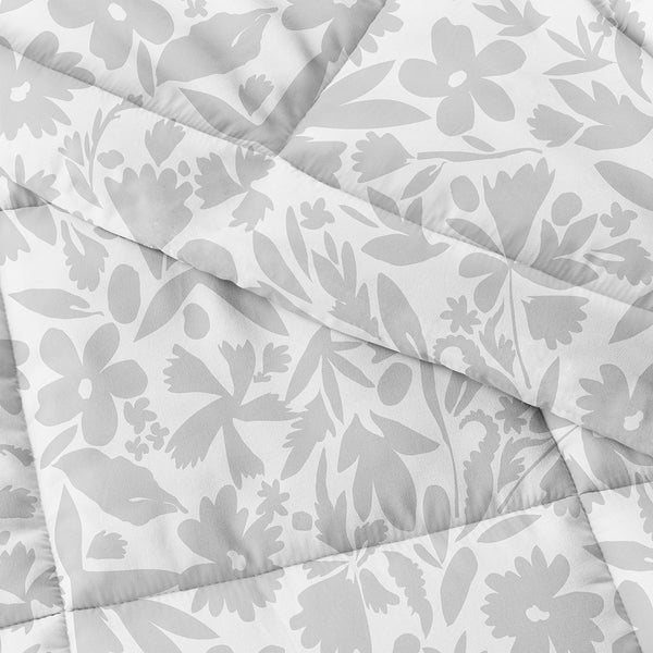 Down-Alternative Abstract Garden Patterned Comforter Set
