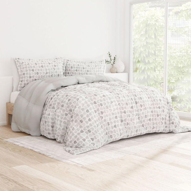 Premium Down-Alternative Moonlight Stars Reversible Comforter Set