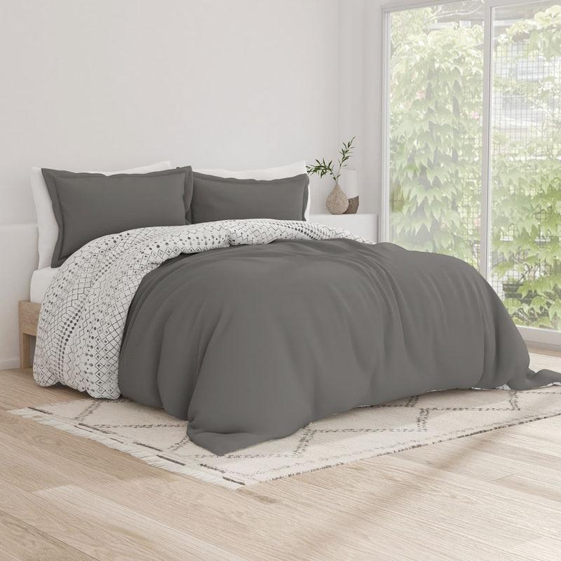 Gray, Etched Gate Pattern 3-Piece Reversible Duvet Cover Set, C1 Image