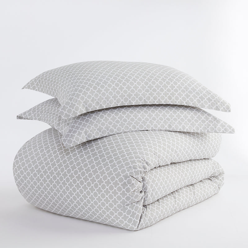Gray, Quatrefoil Pattern 3-Piece Duvet Cover Set, ALT4 Image