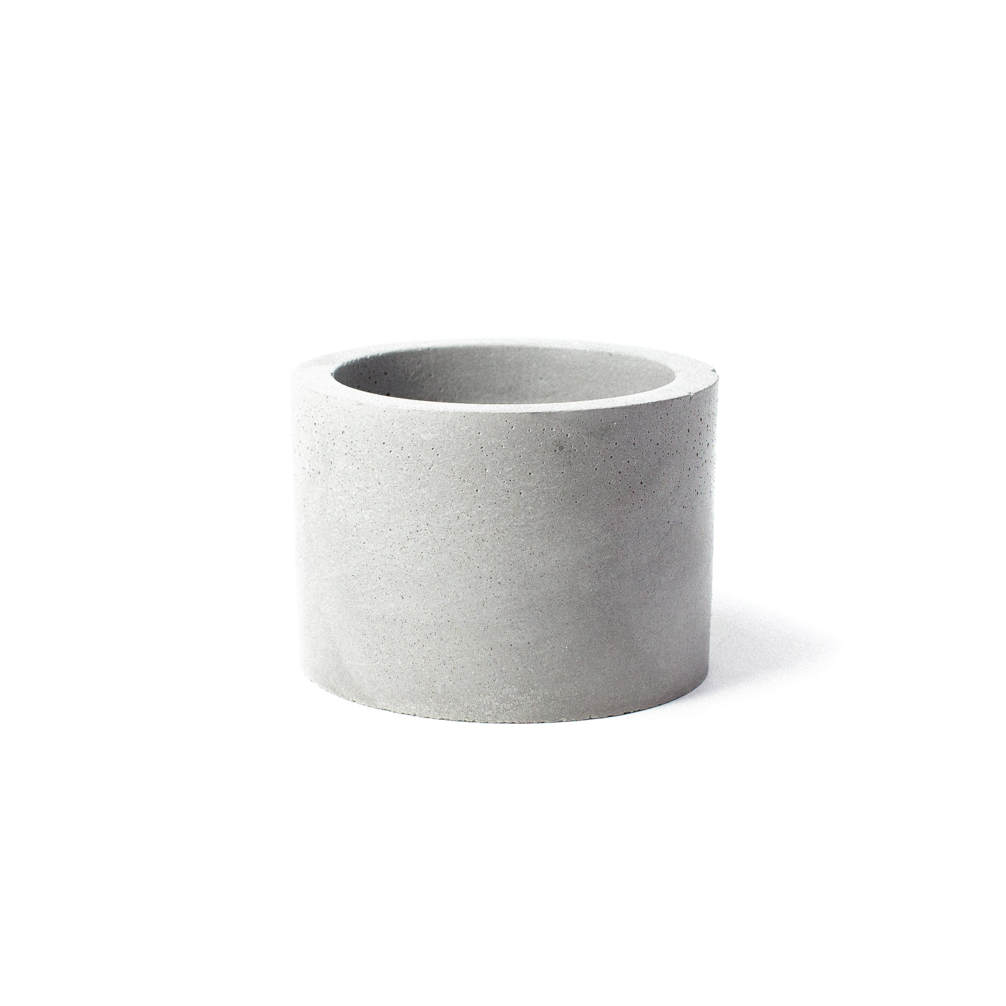 Concrete Planter: Short Cylinder