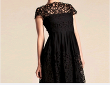 Black lace dress/ round neck