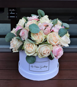Garden Roses Mix in a Signature White Box
