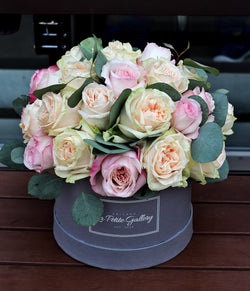 Garden Roses Mix in a Signature Grey Box