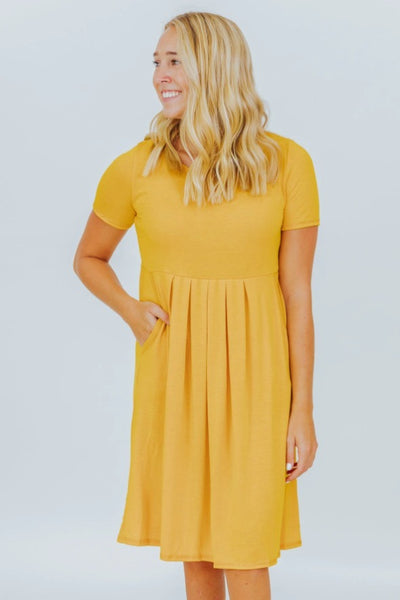 EASY LIKE SUNDAY MORNING DRESS IN YELLOW