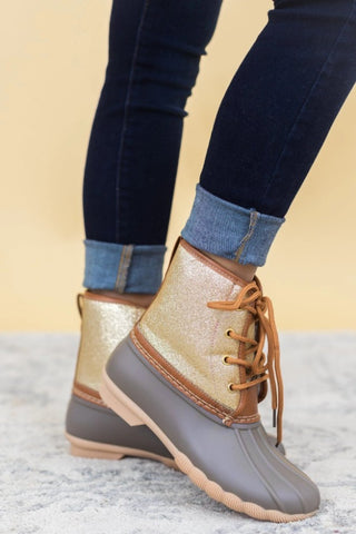 ICE CASTLES AND SNOWFLAKES BOOTS WITH GLITTER IN GOLD