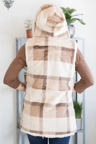 hooded vest in cream plaid
