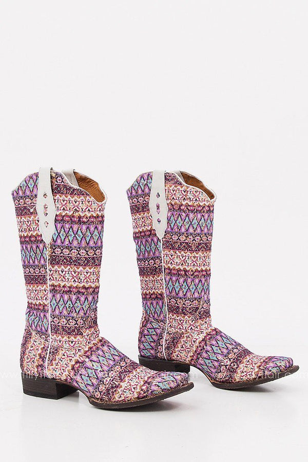 Grab Stylish Boots From Filly Flair For All Seasons Of The