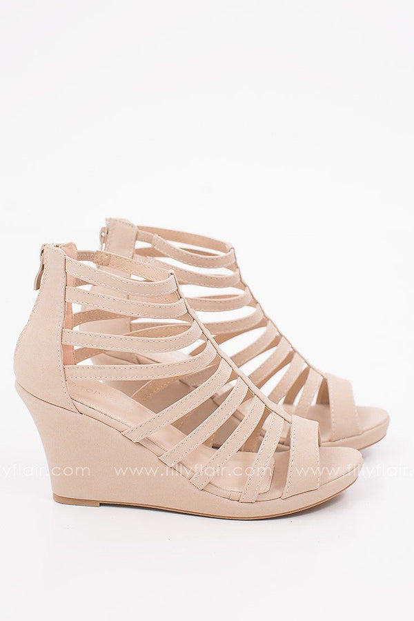 Classic Crush Strappy Wedge in Nude
