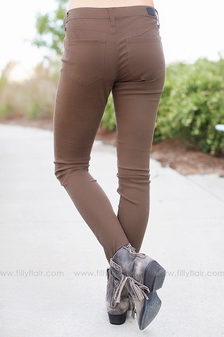 Fall Up Skinny Jeans in Brown
