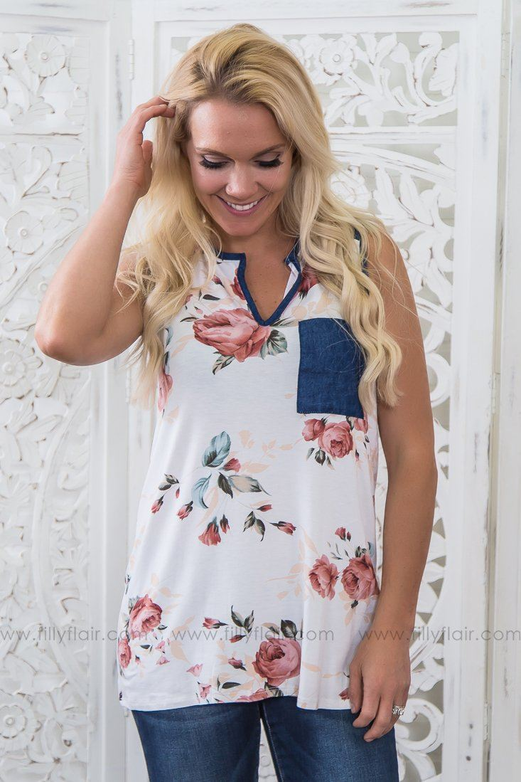 Run To You Floral Pocket Tank Top In Ivory