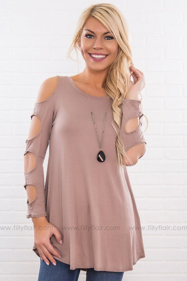 Spring Beauty Cut Out 3/4 Sleeve Top in Mocha