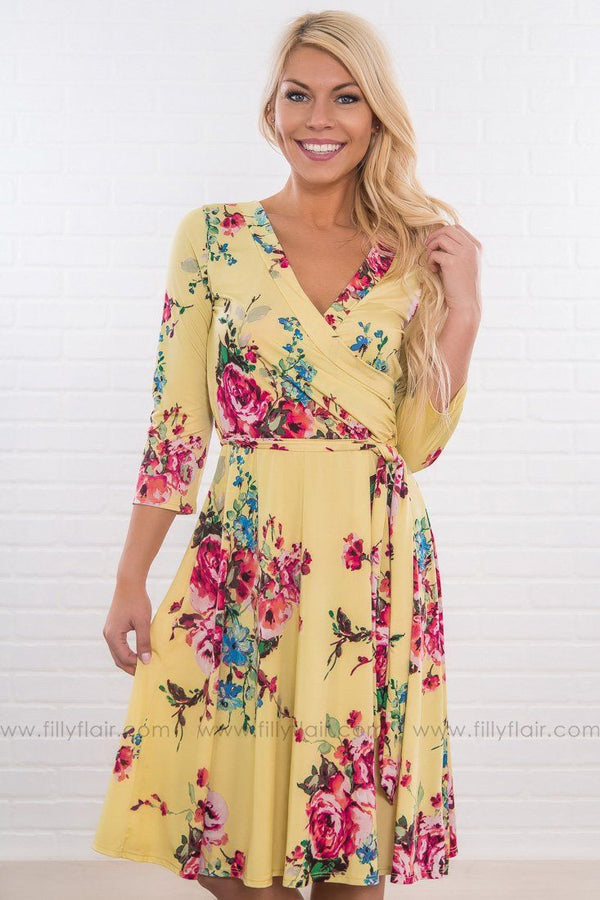 Lyrics Of Love 3/4 Sleeve Floral Tie Dress In Yellow